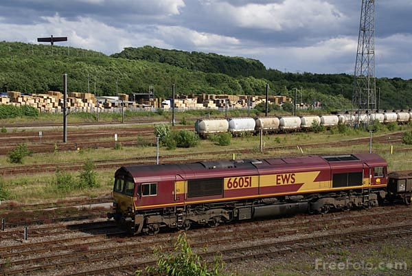 Picture of EWS Class 66 66051 - Free Pictures - FreeFoto.com
