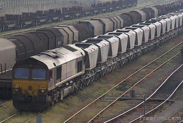 Picture of EWS Class 66 66143 - Free Pictures - FreeFoto.com