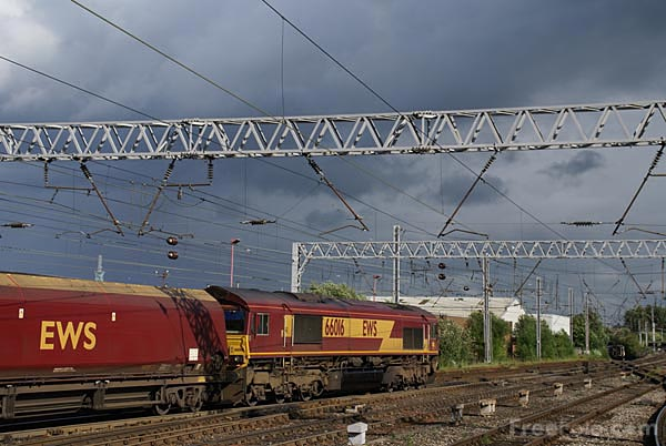 Picture of EWS Class 66 66016 - Free Pictures - FreeFoto.com