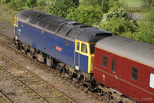 Picture of Riviera Trains Class 47 D1748 47815 - Free Pictures - FreeFoto.com