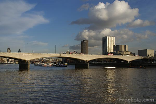 Picture of Waterloo Bridge, London, England - Free Pictures - FreeFoto.com