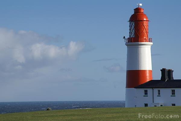 Picture of Souter Lighthouse - Free Pictures - FreeFoto.com
