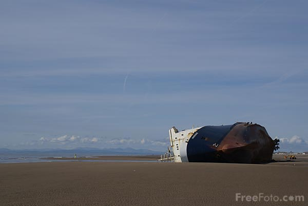 Picture of MS Riverdance beached near Blackpool - Free Pictures - FreeFoto.com