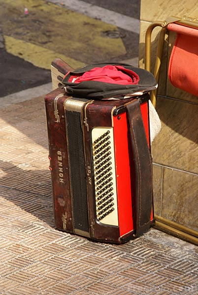 Picture of Accordion - Free Pictures - FreeFoto.com