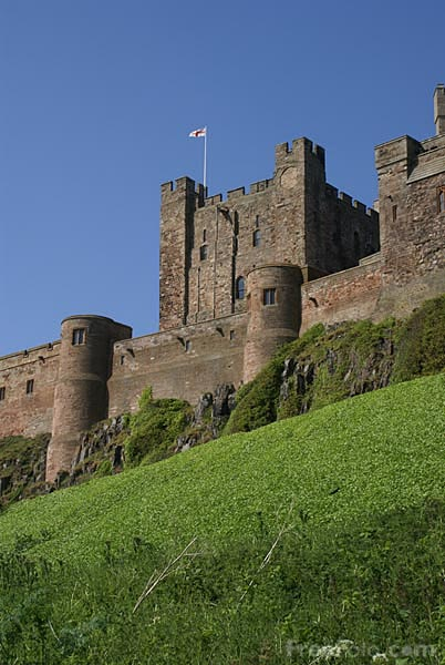Picture of Bamburgh Castle - Free Pictures - FreeFoto.com