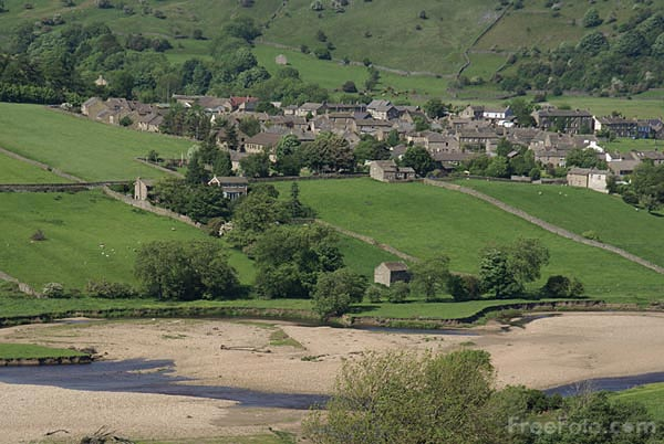 Picture of Reeth Swaledale - Free Pictures - FreeFoto.com