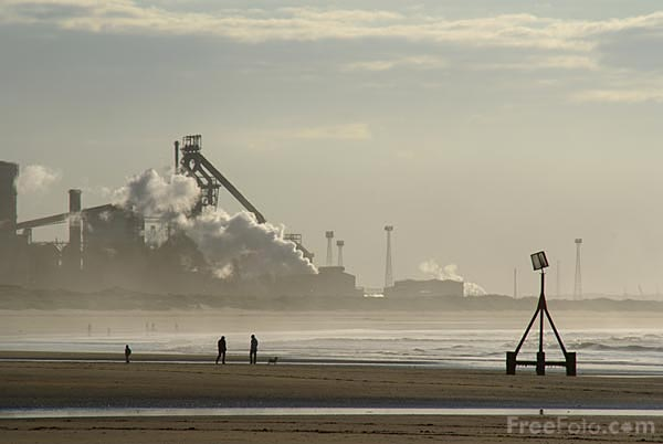 Picture of Redcar steel works - Free Pictures - FreeFoto.com