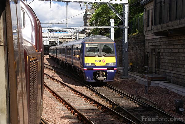Picture of UK Trains - Free Pictures - FreeFoto.com