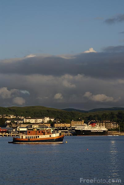 Picture of Oban Harbour and Oban Bay - Free Pictures - FreeFoto.com