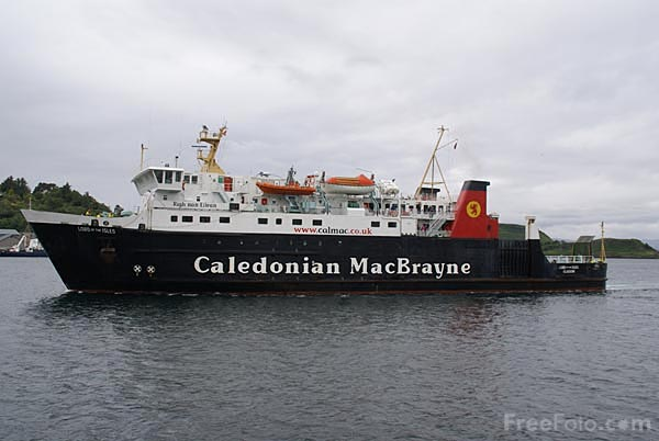 Picture of Caledonian MacBrayne ferry Lord of the Isles - Free Pictures - FreeFoto.com
