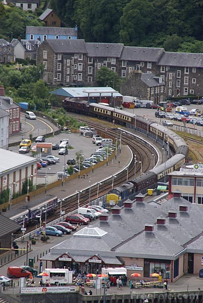 Picture of Oban Railway Station - Free Pictures - FreeFoto.com