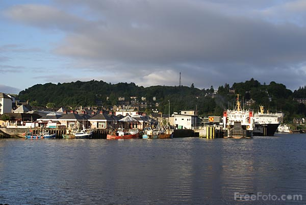 Picture of Oban Harbour - Free Pictures - FreeFoto.com