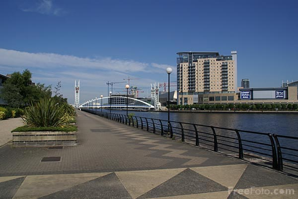 Picture of Salford Quays - Free Pictures - FreeFoto.com