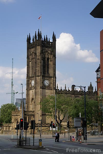 Picture of Manchester Cathedral - Free Pictures - FreeFoto.com