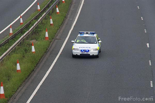 Picture of Police Traffic patrol vehicle - Free Pictures - FreeFoto.com