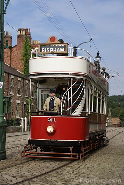 Picture of Blackpool Tram Number 31 - Free Pictures - FreeFoto.com
