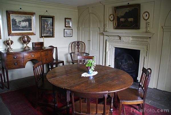 Picture of Dining Room, Pockerley Manor, Beamish Museum - Free Pictures - FreeFoto.com