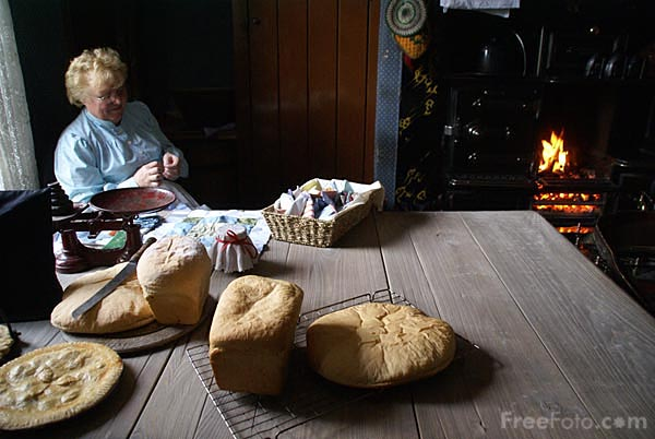 Picture of Freshly Baked Bread - Free Pictures - FreeFoto.com