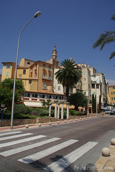 Picture of The Old town of Menton, Cote d'Azur - Free Pictures - FreeFoto.com