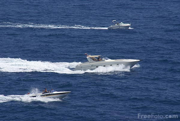 Picture of Luxury power boats near Monte Carlo - Free Pictures - FreeFoto.com