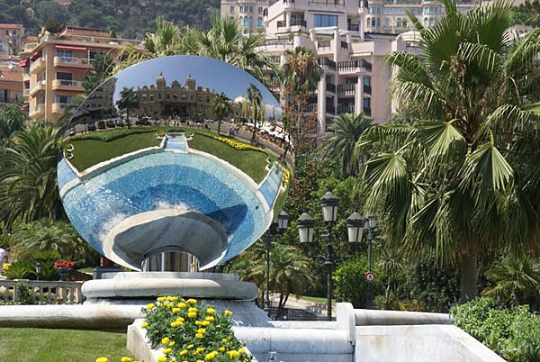 Picture of Sky Mirror Monte Carlo - Free Pictures - FreeFoto.com