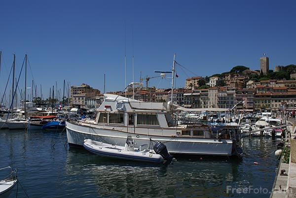 Picture of Cannes Harbour - Free Pictures - FreeFoto.com
