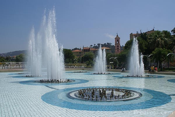 Picture of Fountains at Place Massena - Free Pictures - FreeFoto.com