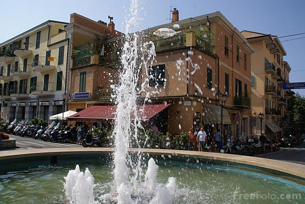 Picture of Fountain outside Ventimiglia railway station - Free Pictures - FreeFoto.com