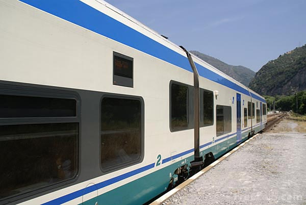 Picture of Trenitalia Minuetto regional train MD058 - Free Pictures - FreeFoto.com