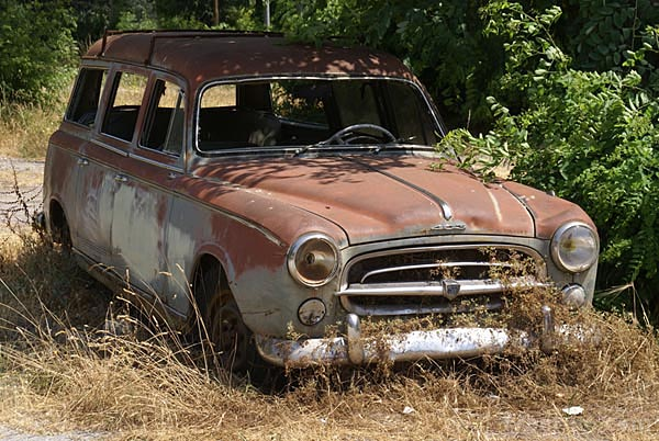 Picture of Rusty Old Car - Free Pictures - FreeFoto.com