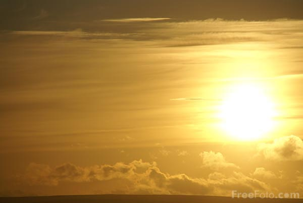 Picture of Sunset from Brimham Moor - Free Pictures - FreeFoto.com