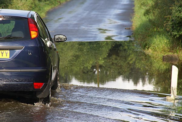 Picture of Flooded Road in North Yorkshire - Free Pictures - FreeFoto.com