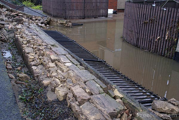 Picture of Floods in Morpeth - Free Pictures - FreeFoto.com