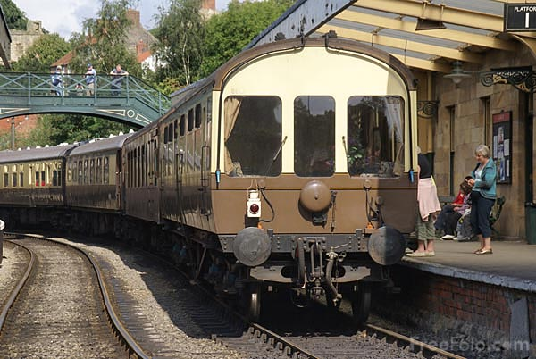 Picture of Pullman Railway Train - Free Pictures - FreeFoto.com