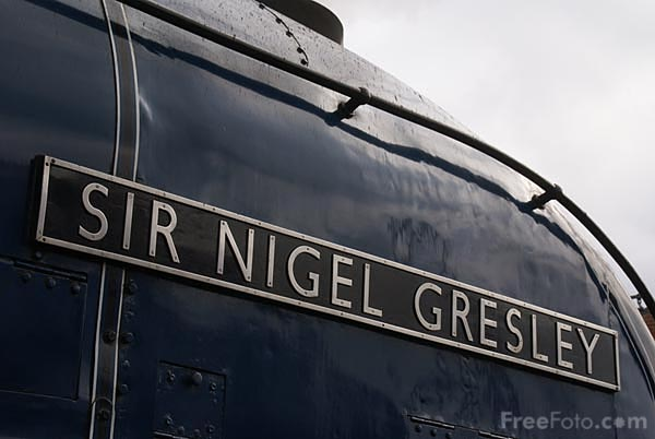 Picture of LNER Class A4 4498 Sir Nigel Gresley - Free Pictures - FreeFoto.com