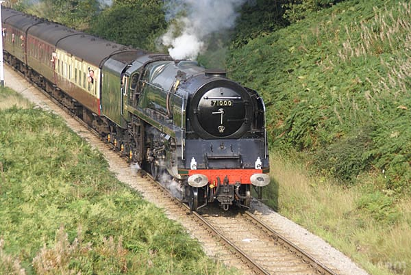 Picture of BR Standard class 8P 4-6-2 Pacific steam locomotive 71000 Duke o - Free Pictures - FreeFoto.com