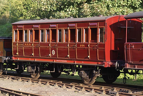 Picture of North Eastern Railway passenger train at Beamish Museum - Free Pictures - FreeFoto.com
