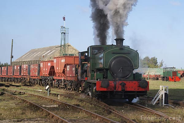 Picture of Steam hauled coal train on the Bowes Railway, Springwell - Free Pictures - FreeFoto.com