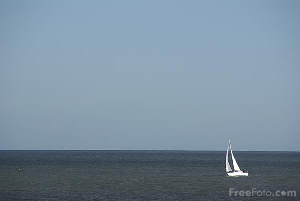 Picture of Yacht sailing in the North Sea - Free Pictures - FreeFoto.com