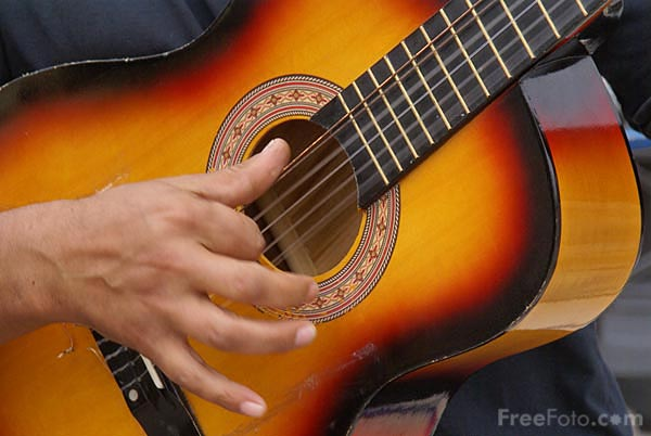 Picture of Busking in Spain - Free Pictures - FreeFoto.com