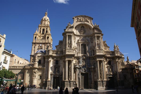 Picture of The Cathedral Church of Saint Mary in Murcia - Free Pictures - FreeFoto.com