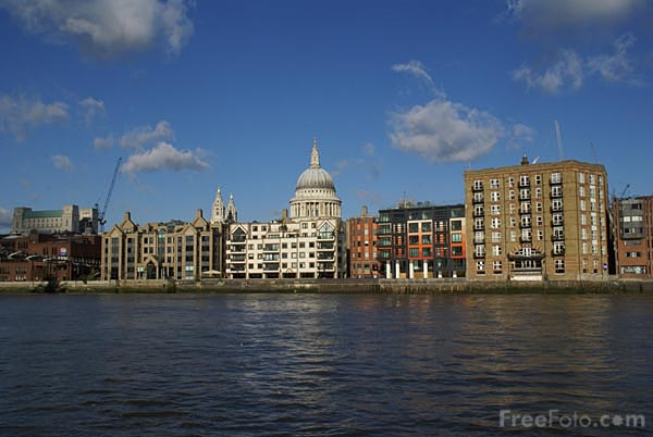 Picture of River Thames, London - Free Pictures - FreeFoto.com