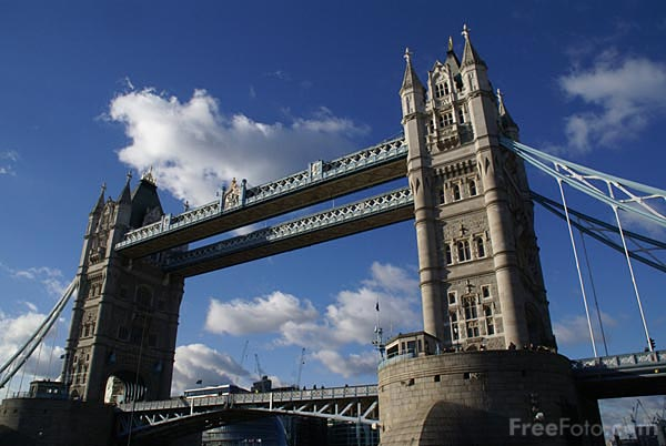 Picture of Tower Bridge, London - Free Pictures - FreeFoto.com