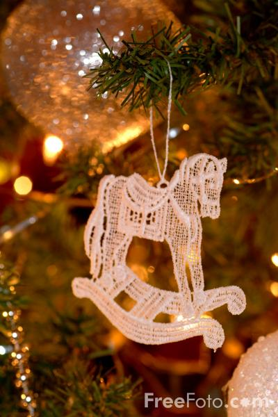 Picture of Christmas Lights - Free Pictures - FreeFoto.com