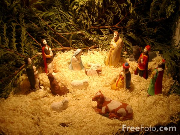 Picture of Nativity Scene - Free Pictures - FreeFoto.com