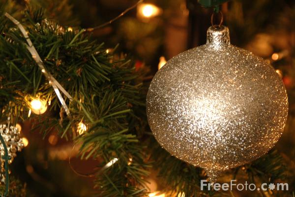 Picture of Christmas Tree Baubles - Free Pictures - FreeFoto.com