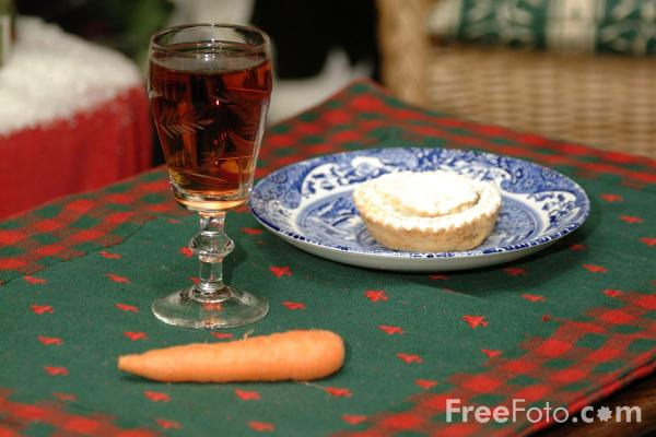 Picture of Food for Santa - Free Pictures - FreeFoto.com