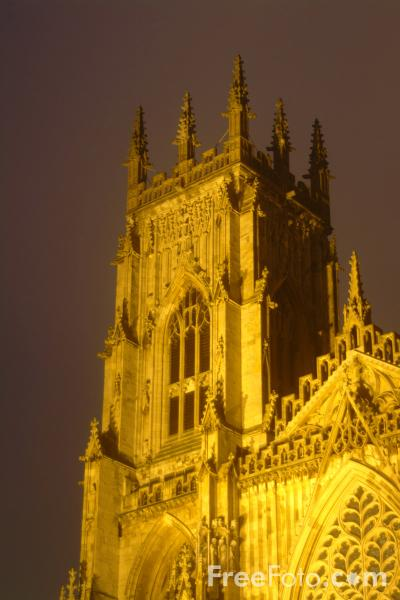 Picture of York Minster at Night - Free Pictures - FreeFoto.com