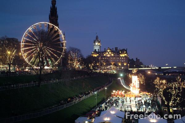 Picture of Edinburgh at Christmas - Free Pictures - FreeFoto.com