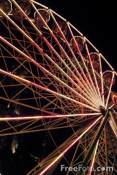 Picture of Ferris Wheel, Princes Street, Edinburgh - Free Pictures - FreeFoto.com